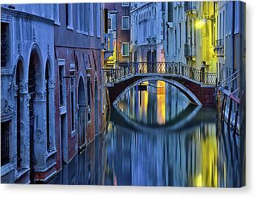 Blue Hour In Venice Canvas Print by Stephanie Benjamin