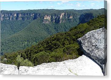 Blue Mountains Canvas Print by Carla Parris