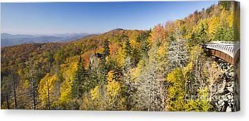 Blue Ridge Parkway In Autumn Canvas Print