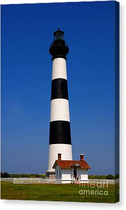 Bodie Island Lighthouse Outer Banks Nc Canvas Print by Susanne Van Hulst