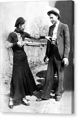 Bonnie Parker And Clyde Barrow, 1933 Canvas Print by Everett