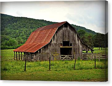Boxley Barn Canvas Print by Marty Koch