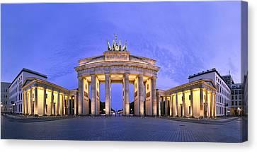 Brandenburger Tor Berlin Canvas Print by Greta Schmidt