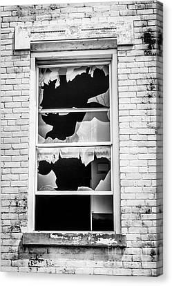 Broken Window Glencoe-auburn Cincinnati Ohio Canvas Print by Paul Velgos