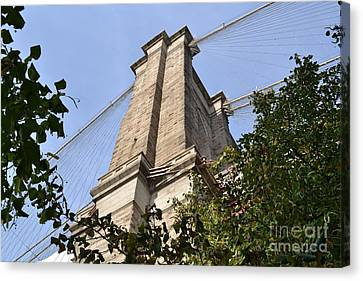 Brooklyn Bridge2 Canvas Print by Zawhaus Photography