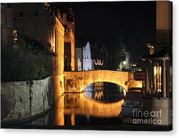 Canvas Print featuring the photograph Bruge Night by Milena Boeva