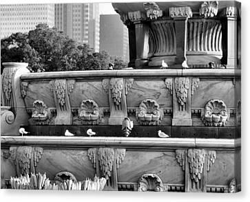 Buckingham Fountain - 5 Canvas Print by Ely Arsha