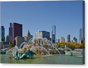 Buckingham Fountain Chicago Canvas Print by Christine Till