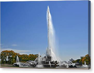 Grant Park Canvas Print - Buckingham Fountain - Chicago's Iconic Landmark by Christine Till