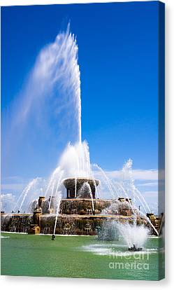 Buckingham Fountain In Chicago Canvas Print by Paul Velgos