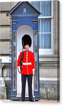 Buckingham Palace Canvas Print by Barry R Jones Jr