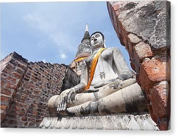 buddha statue in Thailand  Canvas Print by Thanawat  Wongsuwannathorn