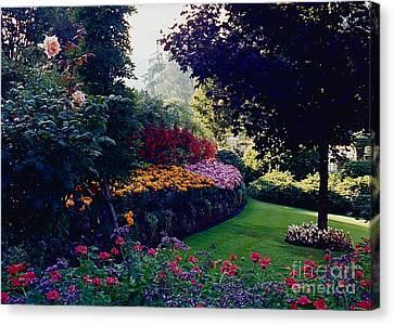 Butchart Gardens Shade And Sun Canvas Print