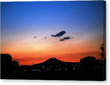 Butte Montana Sunset Canvas Print by Kevin Bone