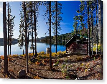 Cabin On Elk Lake Canvas Print by Twenty Two North Photography