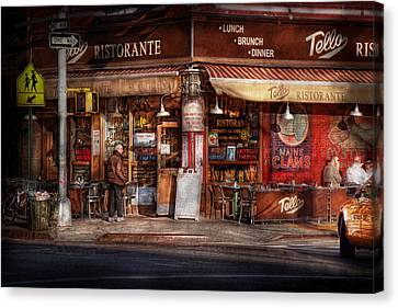 Cafe - Ny - Chelsea - Tello Ristorante Canvas Print by Mike Savad