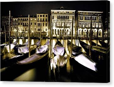 Canal Grande Canvas Print by Joana Kruse