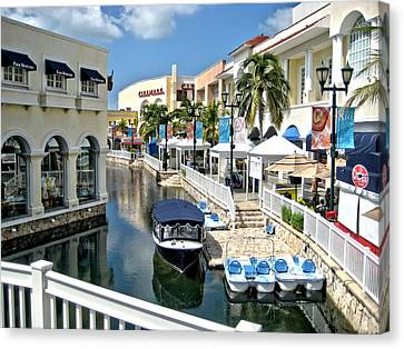 Canvas Print featuring the photograph Cancun Shopping by Rob Green