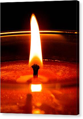 Canvas Print featuring the photograph Candlelight by Ester  Rogers