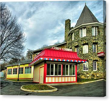 Candy Corner And Chatauqua Tower Canvas Print by Steven Ainsworth