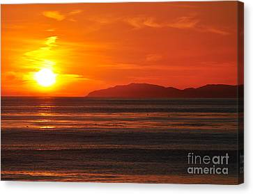 Canvas Print featuring the photograph Catalina Sunset by Johanne Peale