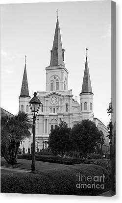 Cathedral And Lampost On Jackson Square In The French Quarter New Orleans Black And White Canvas Print by Shawn O'Brien