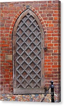Cathedral Door In Gdansk Canvas Print by Sophie Vigneault