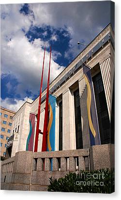 Center For Visual Art Nashville Canvas Print by Susanne Van Hulst