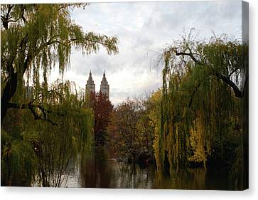 Canvas Print featuring the photograph Central Park Autumn by Lorraine Devon Wilke