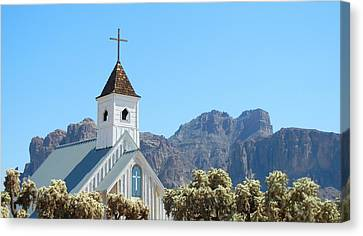 Canvas Print featuring the photograph Chapel In Superstitions by Penny Meyers