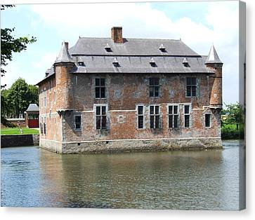 Canvas Print featuring the photograph Chateau Feodal De Fernelmont Belgium by Joseph Hendrix