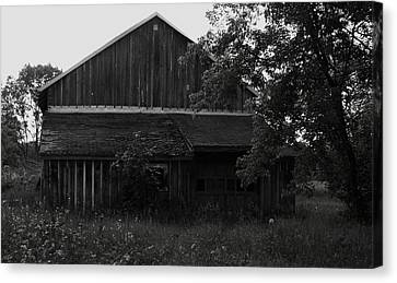 Chet's Barn Canvas Print by Anna Villarreal Garbis