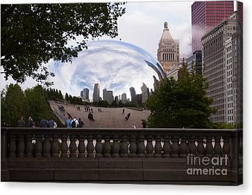 Chicago Cloud Gate Bean Sculpture Canvas Print