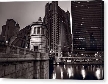 Chicago River Bridgehouse Canvas Print by Steve Gadomski