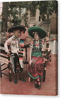 Children In Costume Reenact Colonial Canvas Print