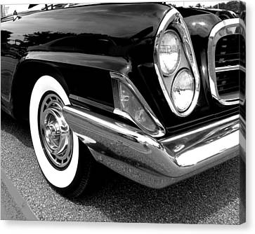 Chrysler 300 Headlight In Black And White Canvas Print