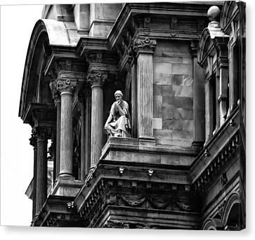 City Hall Edifice - Philadelphia Canvas Print by Bill Cannon