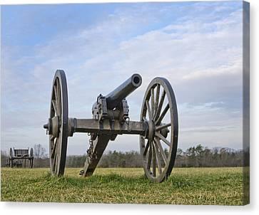 Civil War Cannon At Manassas National Battlefield Park - Virginia Canvas Print by Brendan Reals