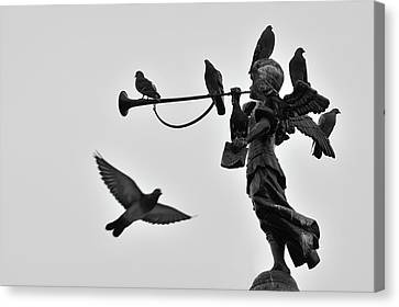 Clarinet Statue Canvas Print by CarlosAlbertoPhoto