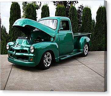 Classic Pickup Canvas Print by Nick Kloepping