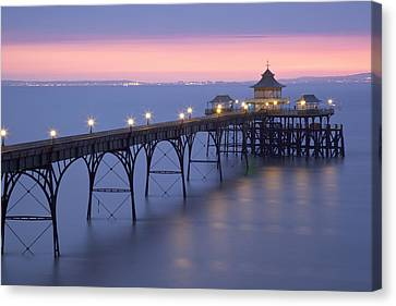 Clevedon Pier, Clevedon, Somerset, England, Uk Taken During The Icelandic Volcanic Incident Of Spring 2010 Canvas Print by Nick Cable