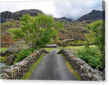 Climbers Lodge Canvas Print by Adrian Evans