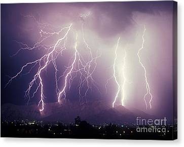 Cloud To Ground Lightning Canvas Print by John A Ey III and Photo Researchers