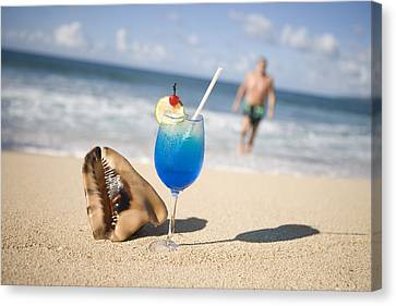Cocktail And Shell On Beach Near Maca Bana Villas, Point Salines, St George, Grenada, Central America & The Caribbean Canvas Print by Holger Leue