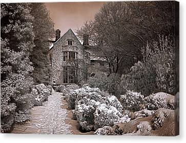 Coe Hall In Winter Canvas Print