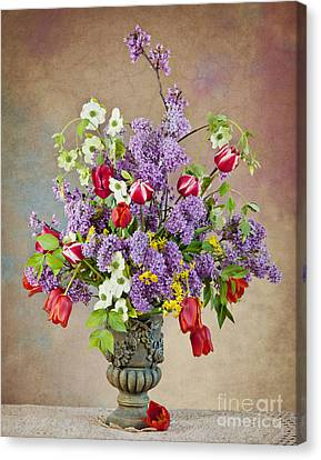 Canvas Print featuring the photograph Colors Of Spring by Cheryl Davis