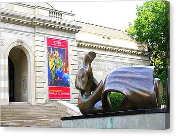Columbus Museum Of Art Canvas Print by Laurel Talabere