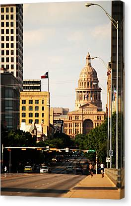 Congress Avenue In Austin And Texas State Capitol Building Canvas Print by Sarah Broadmeadow-Thomas