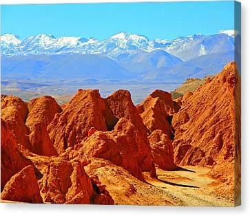 Cordillera De Los Dinosaurios Canvas Print by Sandra Lira