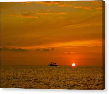 Canvas Print featuring the photograph Costa Rica Sunset by Eric Tressler